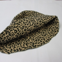 wool hood leopard 2-side